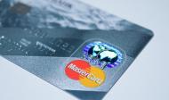 Сбербанк запустит услугу доставки карт